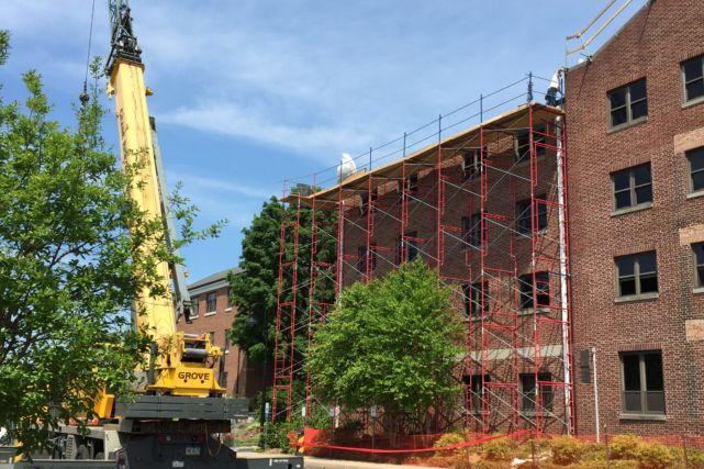 College Dormitory Construction Scaffolding